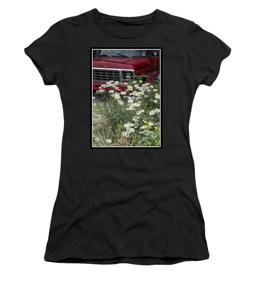 Country Garden Women's T-Shirt