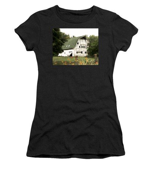Country Lilies Women's T-Shirt