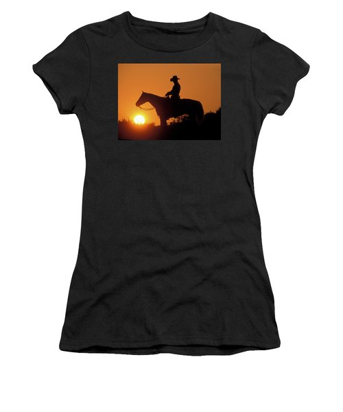 Cowboy Sunset Silhouette Women's T-Shirt (Athletic Fit)
