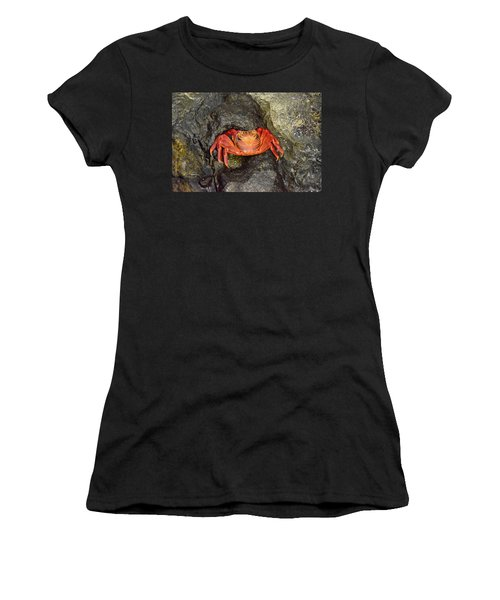 Crab Women's T-Shirt (Athletic Fit)