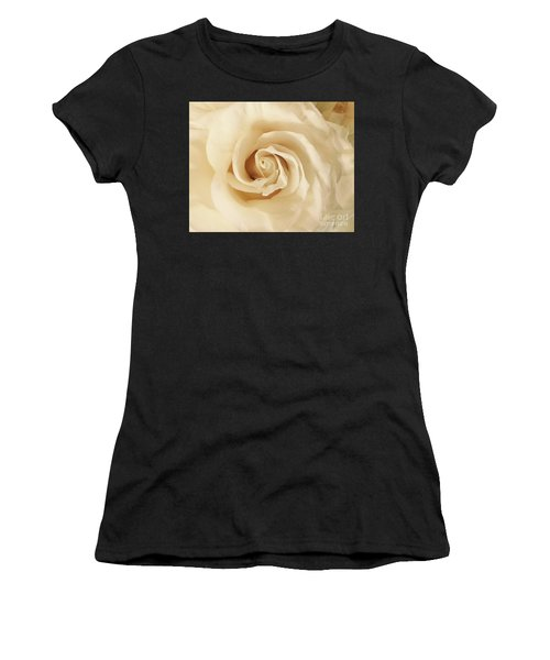 Creamy Rose Women's T-Shirt