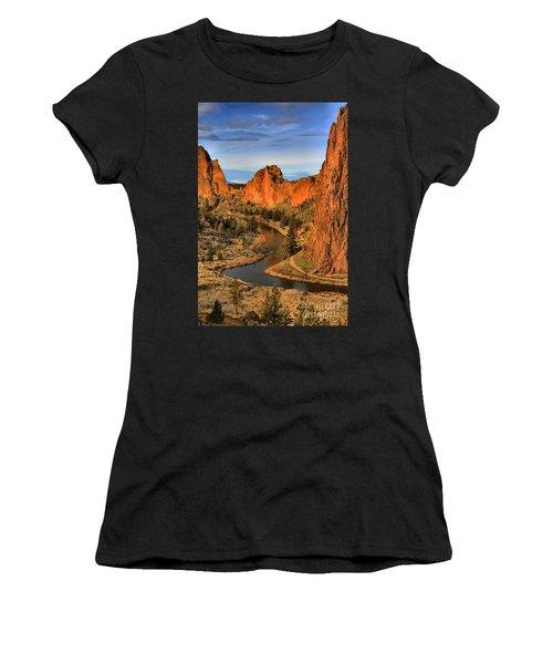 Crooked Riverbend Portrait Women's T-Shirt