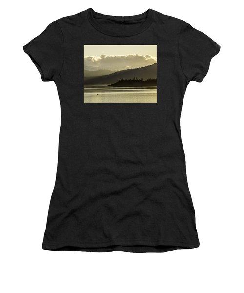 Crystal Kayak Women's T-Shirt