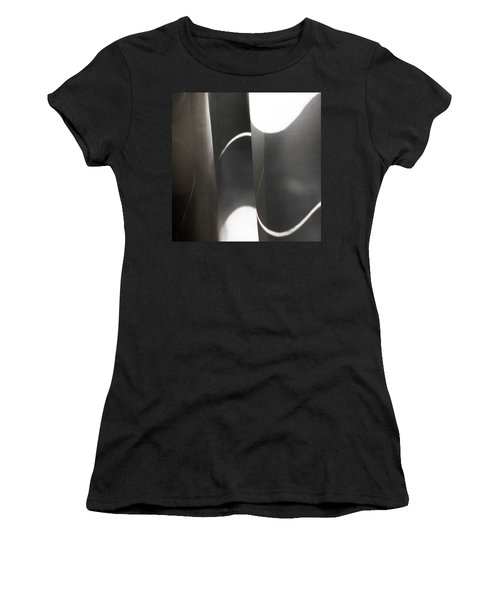 Curve Over Curve - Women's T-Shirt