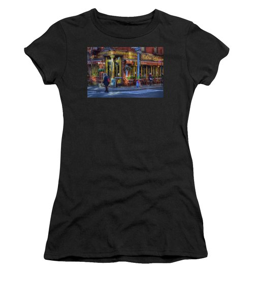 Da Gennaro Women's T-Shirt (Athletic Fit)
