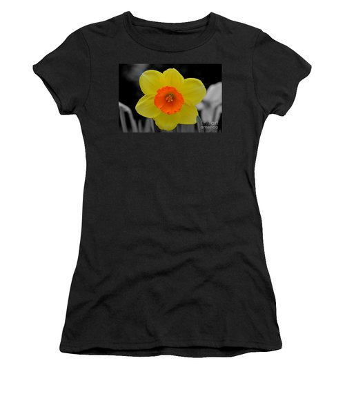 Daffodil Delight  Women's T-Shirt
