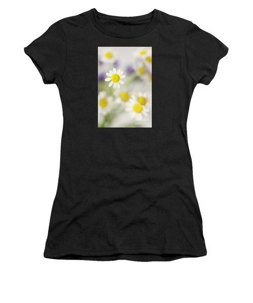 Daisies In Morning Mist Women's T-Shirt (Athletic Fit)