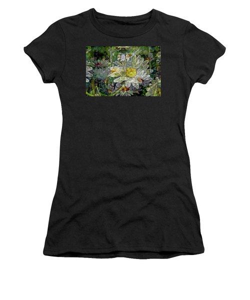 Daisy Mystique 8 Women's T-Shirt