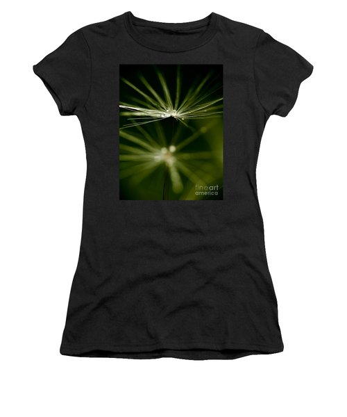 Dandelion Flower With Water Drops  Women's T-Shirt