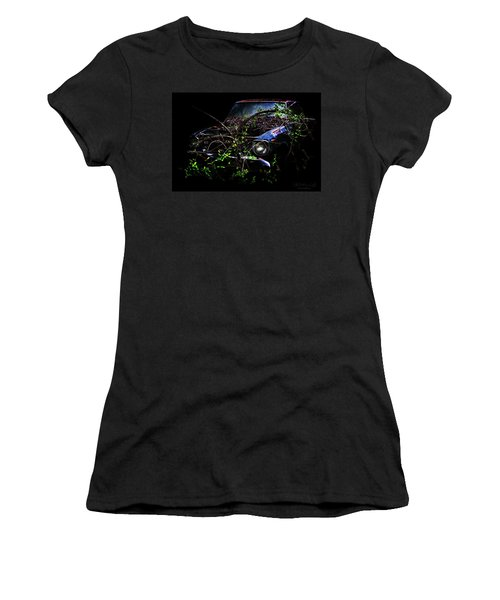 Women's T-Shirt featuring the photograph Datsun Treehouse by Glenda Wright