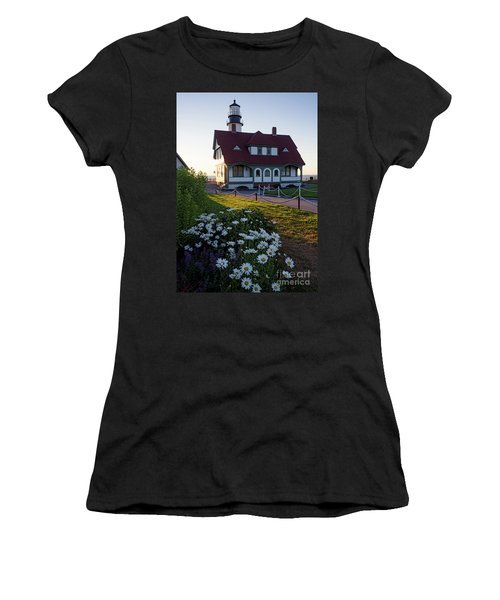 Dawn At Portland Head Light, Cape Elizabeth, Maine  -08614 Women's T-Shirt (Athletic Fit)