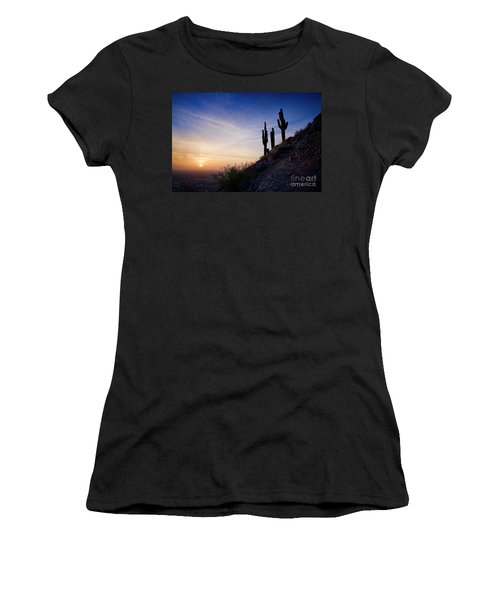 Days End In The Desert Women's T-Shirt (Athletic Fit)