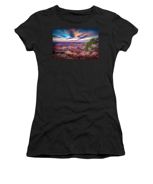 Dead Horse Point At Sunrise Women's T-Shirt