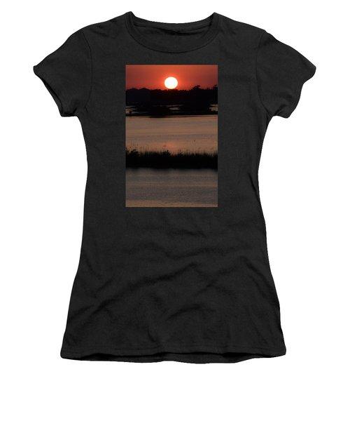 Deep Louisiana Women's T-Shirt (Athletic Fit)
