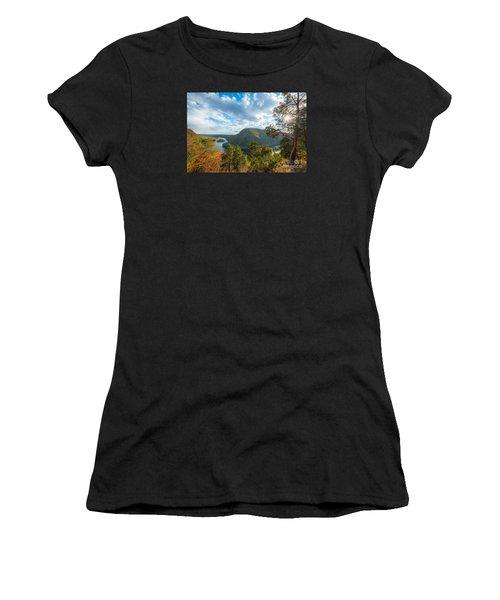 Delaware Water Gap In Autumn Women's T-Shirt