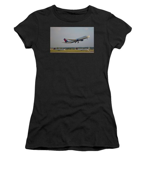 Delta Airlines Jet N827nw Airbus A330-300 Atlanta Airplane Art Women's T-Shirt