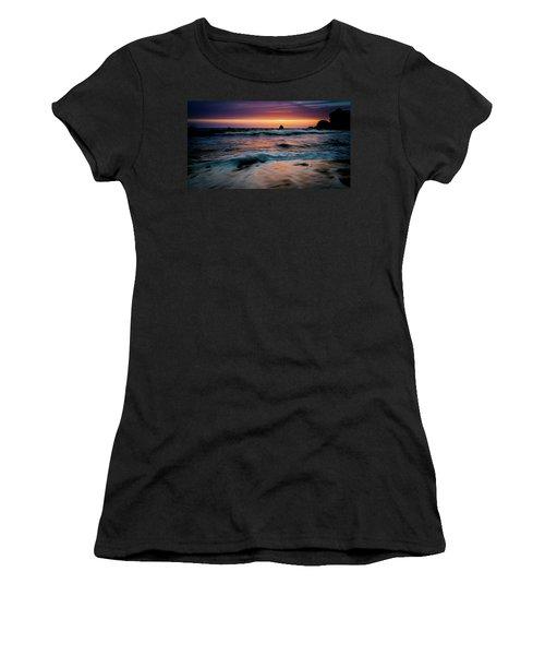 Demartin Beach Sunset Women's T-Shirt (Athletic Fit)