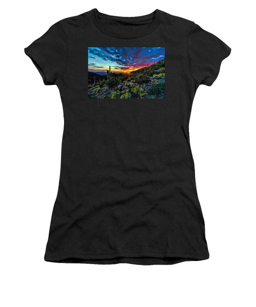 Desert Sunset Hdr 01 Women's T-Shirt (Athletic Fit)