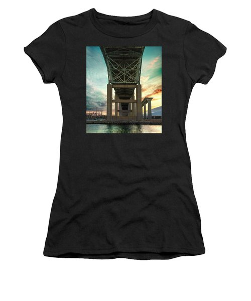 Desmond Women's T-Shirt