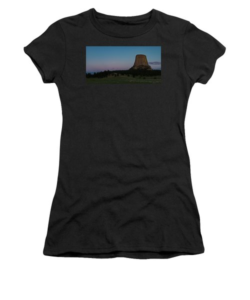 Women's T-Shirt (Athletic Fit) featuring the photograph Devil's Tower At Dusk by Gary Lengyel