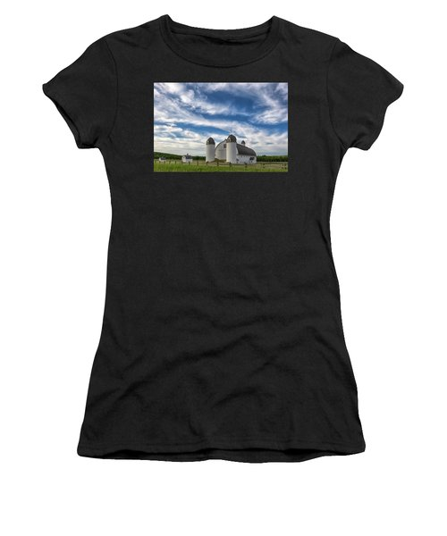 Women's T-Shirt featuring the photograph Dh Day Farm 6 by Heather Kenward