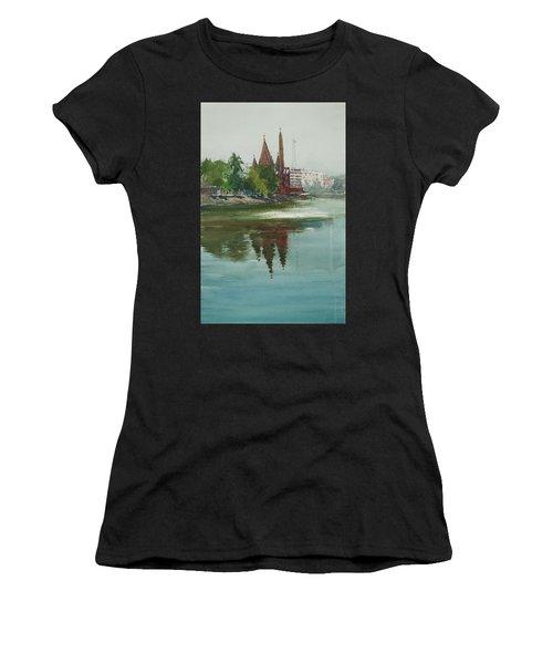 Dhanmondi Lake 04 Women's T-Shirt (Athletic Fit)