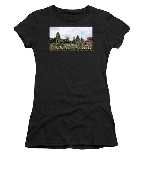 Digital Cambodia Architecture  Women's T-Shirt