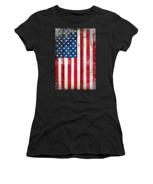 Distressed American Flag On Wood - Vertical Women's T-Shirt