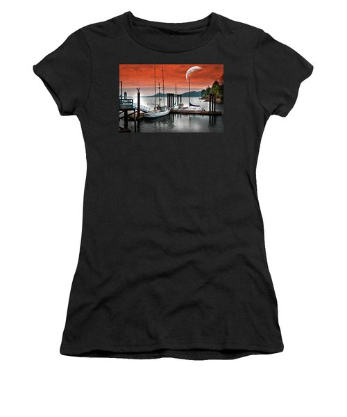 Dock And The Moon Women's T-Shirt