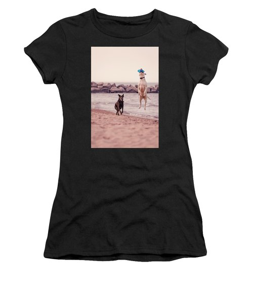 Dog With Frisbee Women's T-Shirt