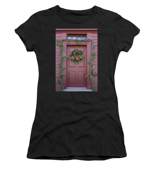 Doors Of Williamsburg 108 Women's T-Shirt