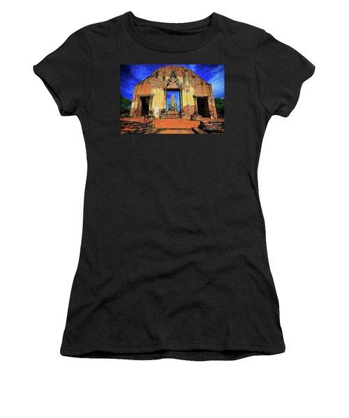 Doorway To Wat Ratburana In Ayutthaya, Thailand Women's T-Shirt
