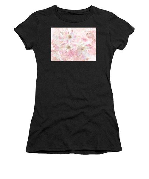 Dreaming Pink Women's T-Shirt
