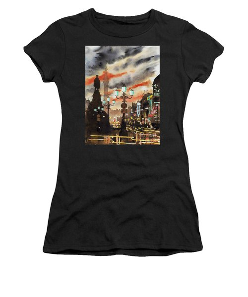 Dublin... The Ghost Of Nelson Women's T-Shirt (Athletic Fit)