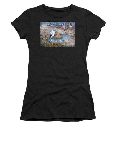 Ducks. Split Opposite Colour Harmony.  Women's T-Shirt