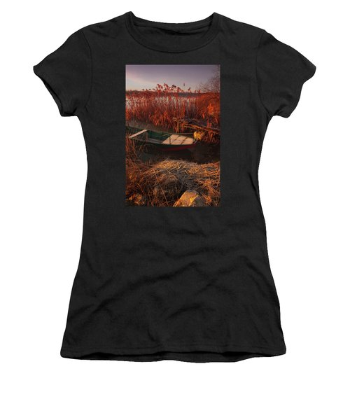 Early In The Morning Women's T-Shirt