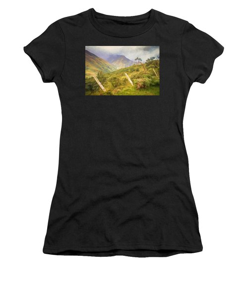 Ecuadorian Mountain Forest Women's T-Shirt (Athletic Fit)