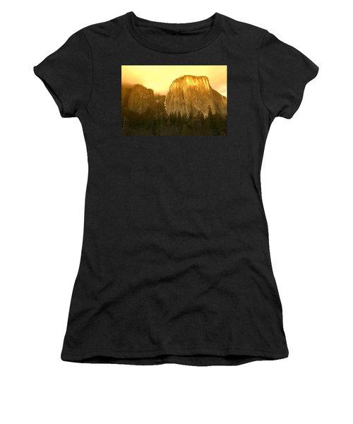 El Capitan Yosemite Valley Women's T-Shirt