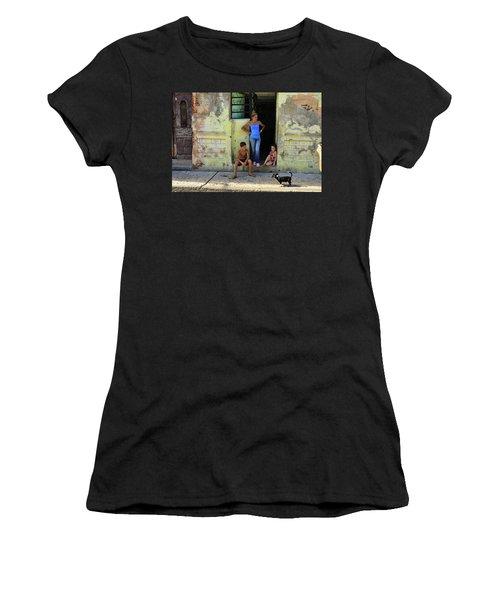 El Familia Women's T-Shirt