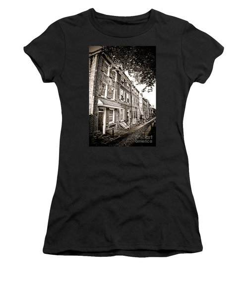 Elfreth Alley  Women's T-Shirt