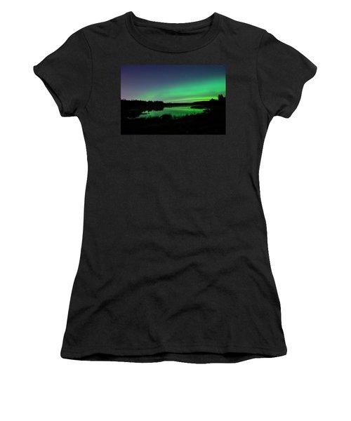 Elk Island Aurora Reflections Women's T-Shirt
