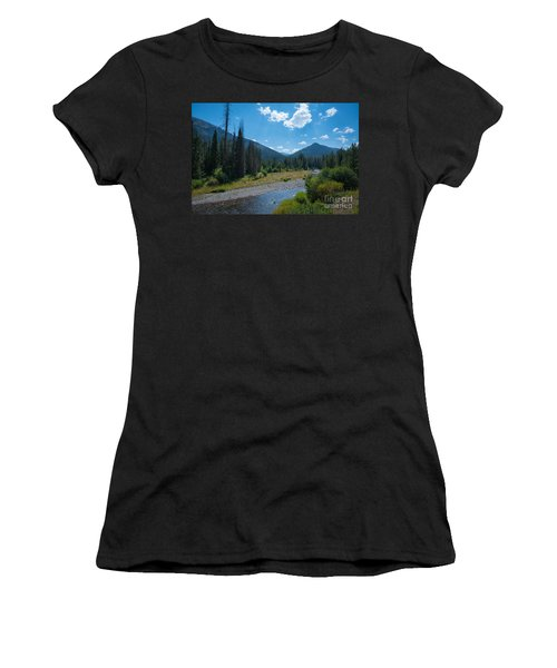 Entering Yellowstone National Park Women's T-Shirt
