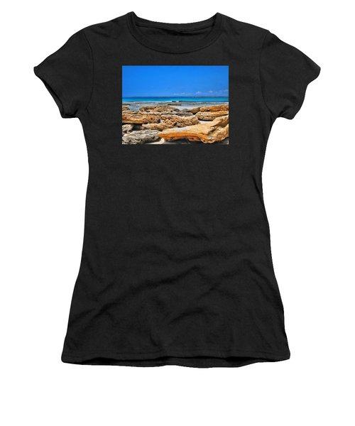 Es Trenc Women's T-Shirt (Athletic Fit)