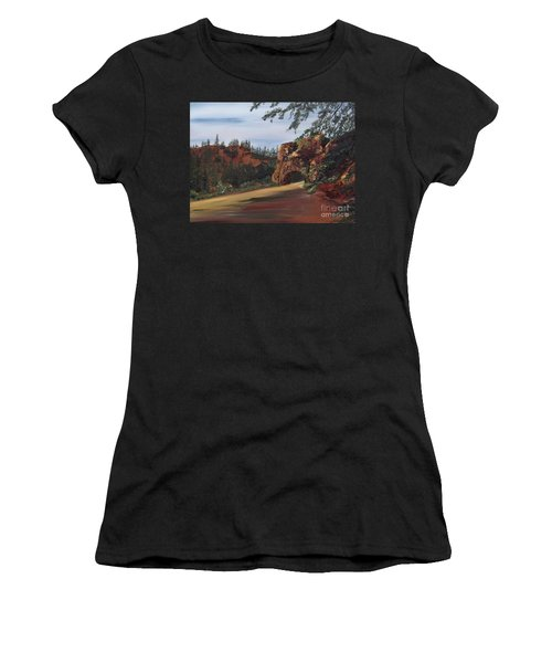 Escalante Women's T-Shirt (Athletic Fit)