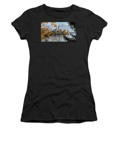 European Beauty Women's T-Shirt (Athletic Fit)