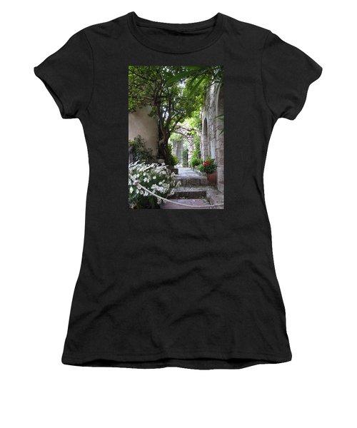 Eze Passageway Women's T-Shirt (Athletic Fit)
