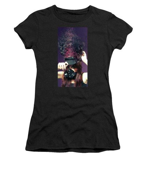 F U M E S  Women's T-Shirt