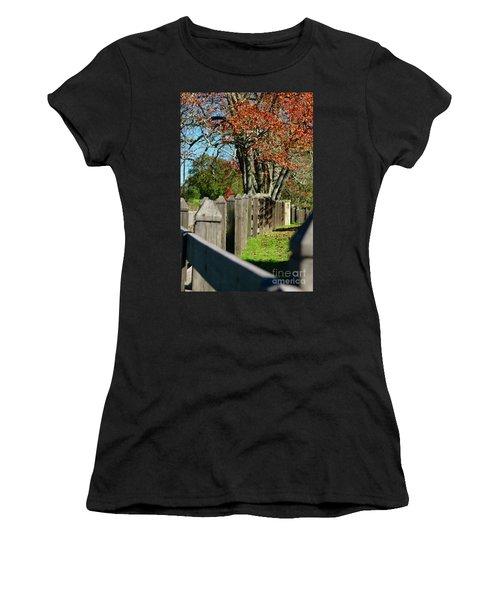 Familiar Fall Women's T-Shirt (Athletic Fit)