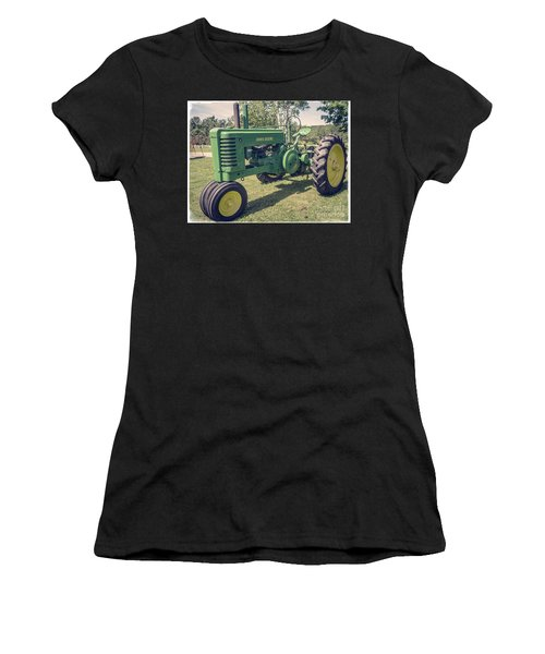 Farm Green Tractor Vintage Style Women's T-Shirt