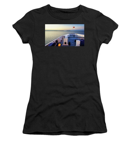 Ferry On Women's T-Shirt